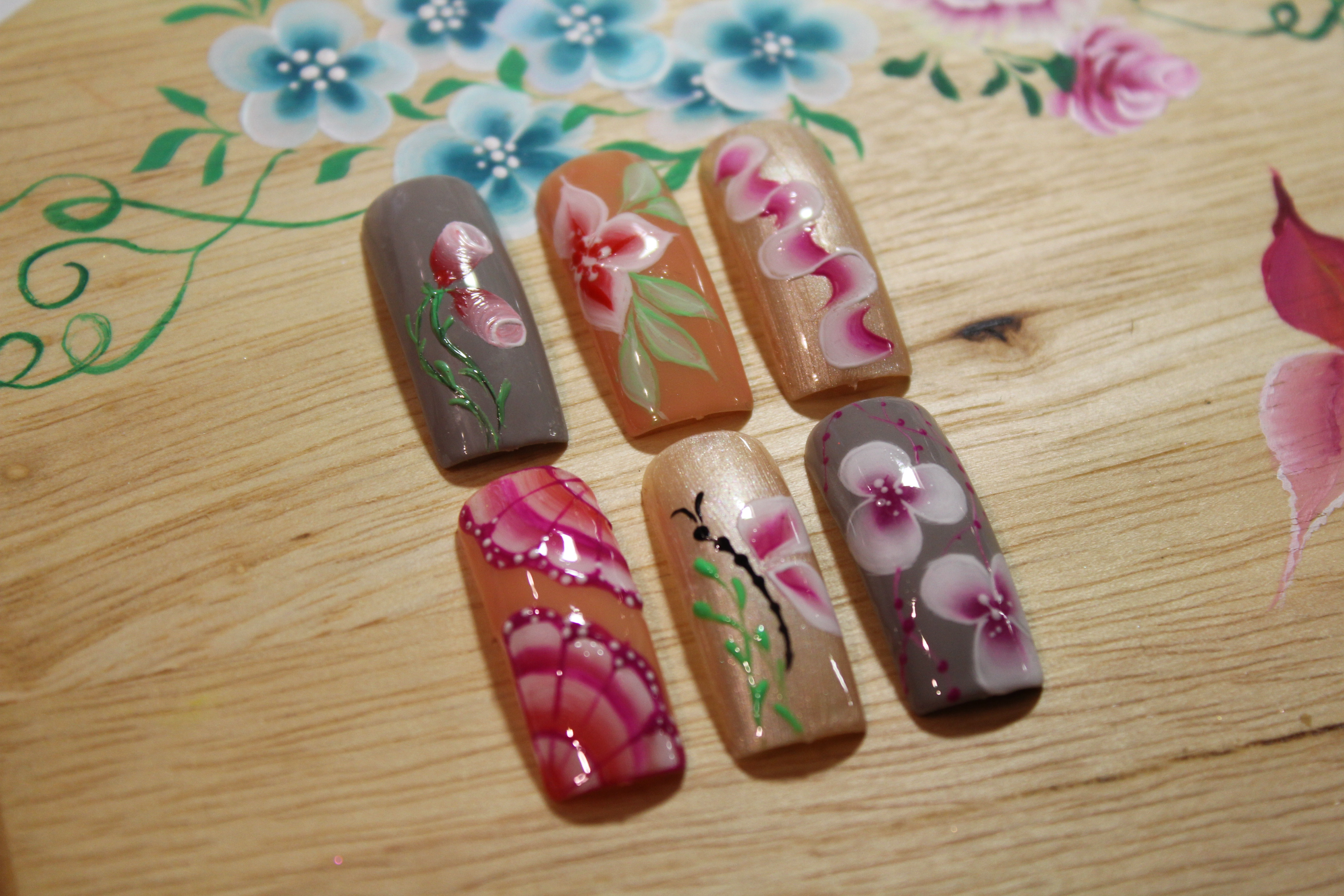 Nail-Art One Stroke