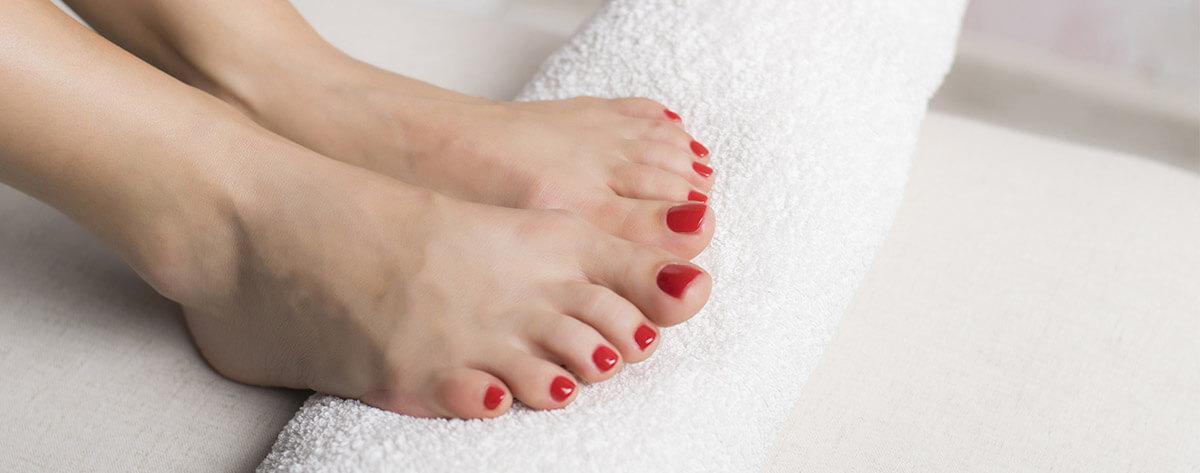 Füße mit Fußnagel UV Gel